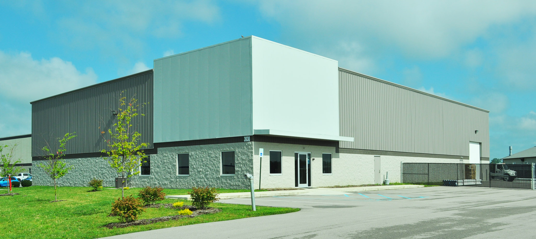 13,350 sq ft Office/Warehouse Building. Features a VP Building, perimeter masonry, and insulated metal panel